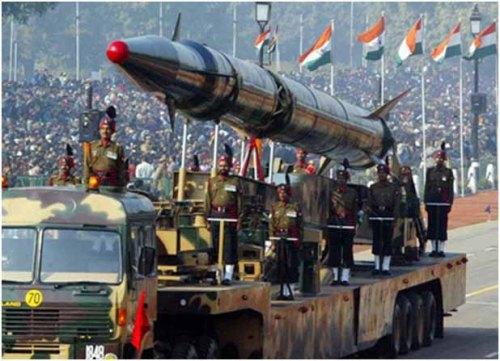 Nuc war missile