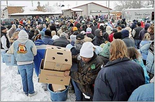 refugee2 crowd1