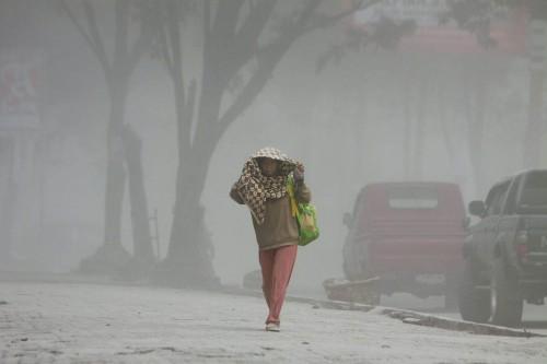 TOPSHOTS-INDONESIA-VOLCANO